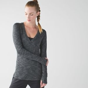 Lululemon &Go Everywhere Heathered Black Thumb Top